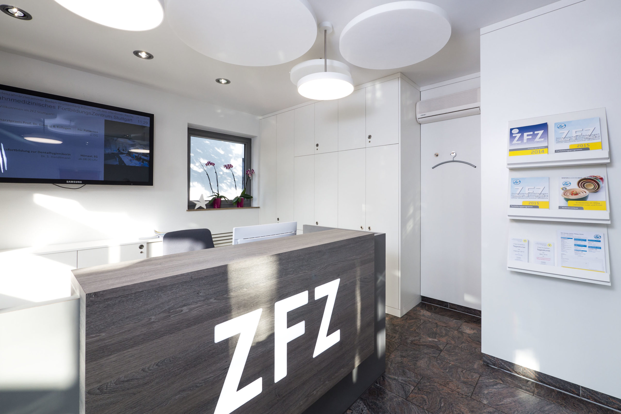 Empfangsbereich im ZFZ Stuttgart